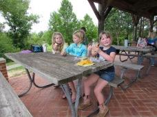 If you go you gotta take a picnic!